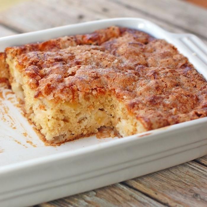 recette de gâteau aux pommes avec cannelle