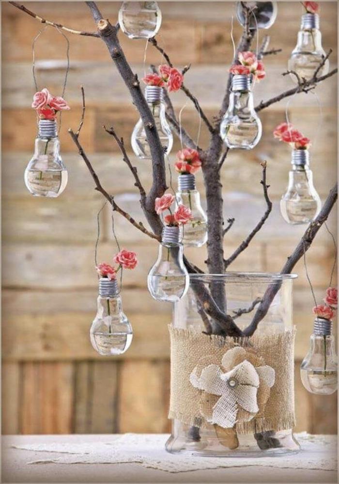adorable déco ampoules électriques et fleurs