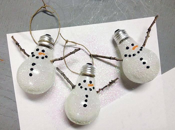 ampoules électriques ornements noël