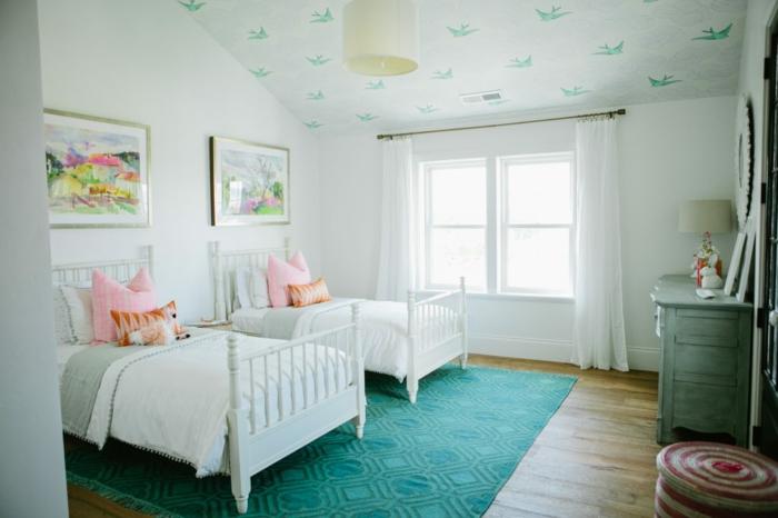 chambre enfant papier peint plafond couleurs claires