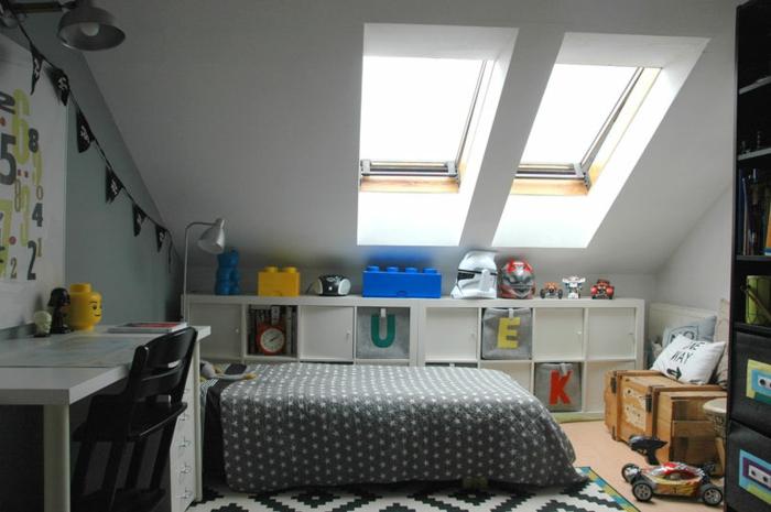 chambre mansardée pour enfant
