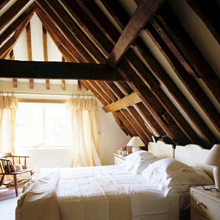 chambre mansardée style rustique