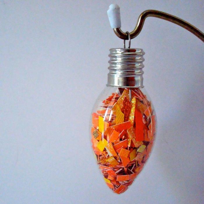 diy ornement à suspendre ampoules électriques