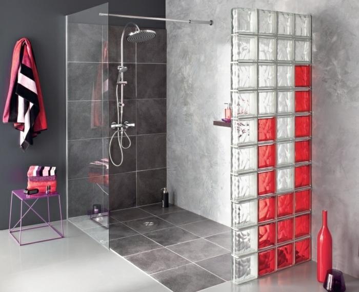 douche à l'italienne briques en verre