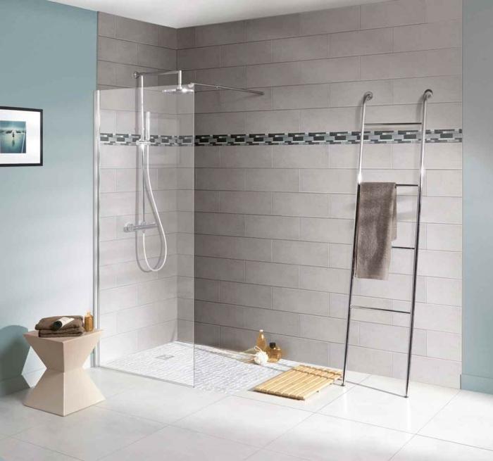douche à l'italienne paroi transparente