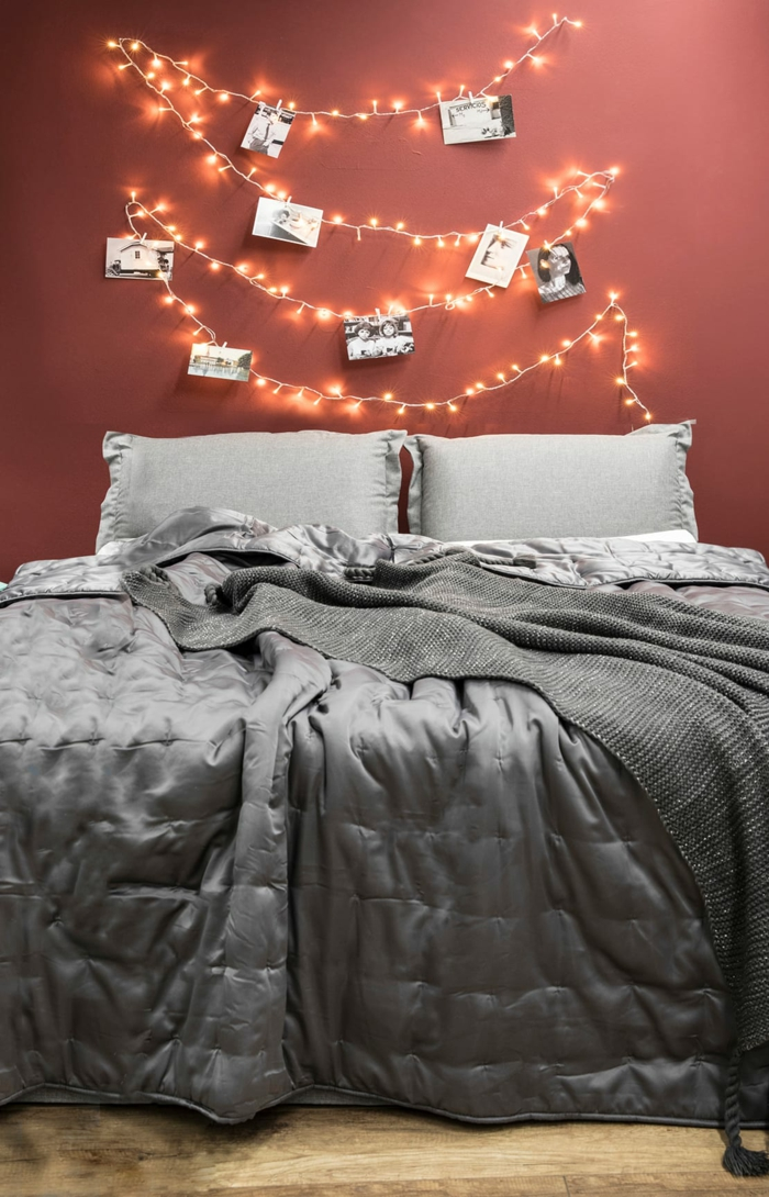 fabriquer une tête de lit idée avec une guirlande lumineuse