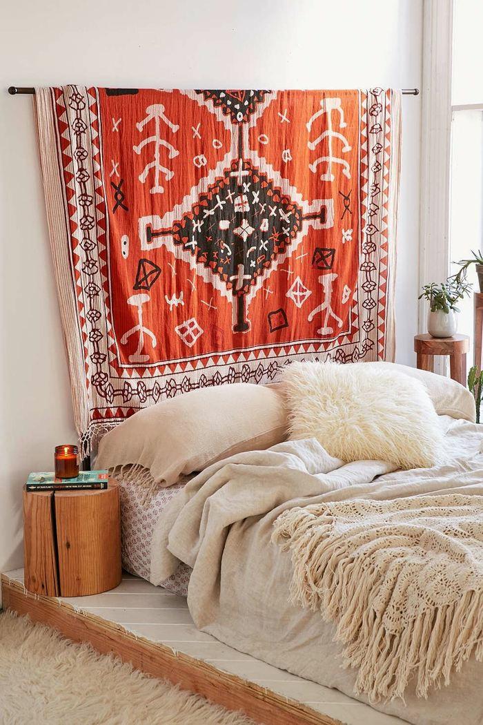 Id es d co pour fabriquer une t te de lit unique for Tete de lit confortable