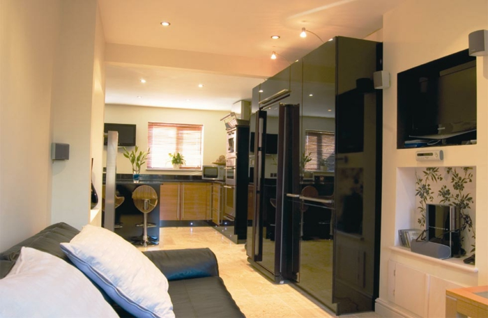 comment transformer un garage en habitation id es en photos. Black Bedroom Furniture Sets. Home Design Ideas