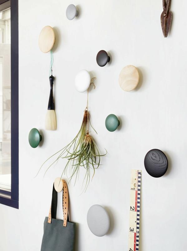 idée déco murale patère design en bois