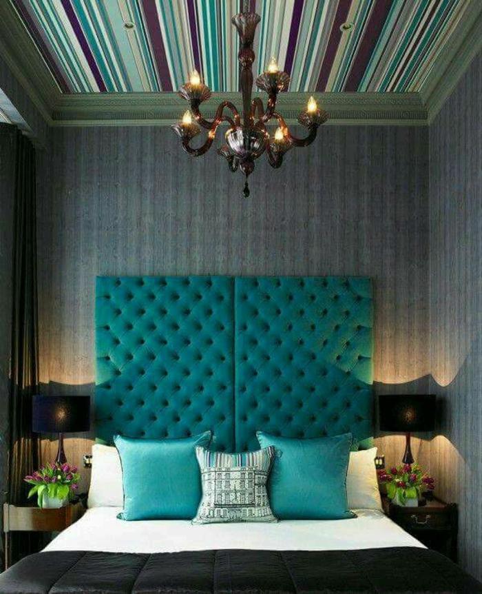 papier peint plafond chambre bleu canard