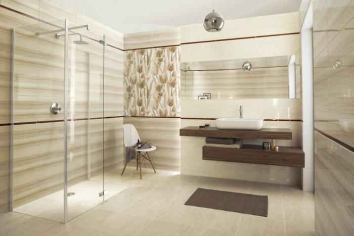 salle de bains beige douche à l'italienne
