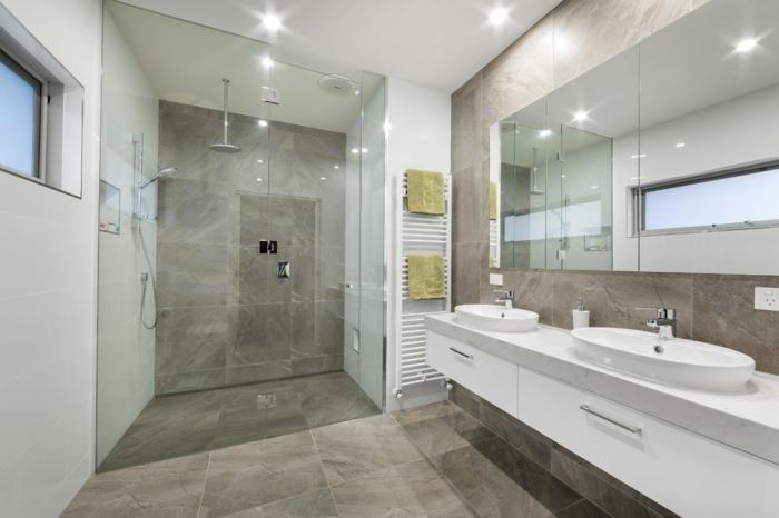 salle de bains carrelage travertin gris