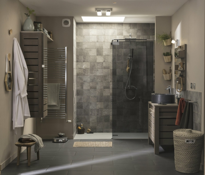 salle de bains douche à l'italienne carreaux aspect nature