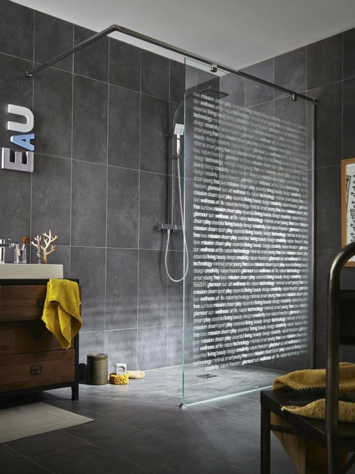 salle de bains gris anthracite douche à l'italienne paroi originale