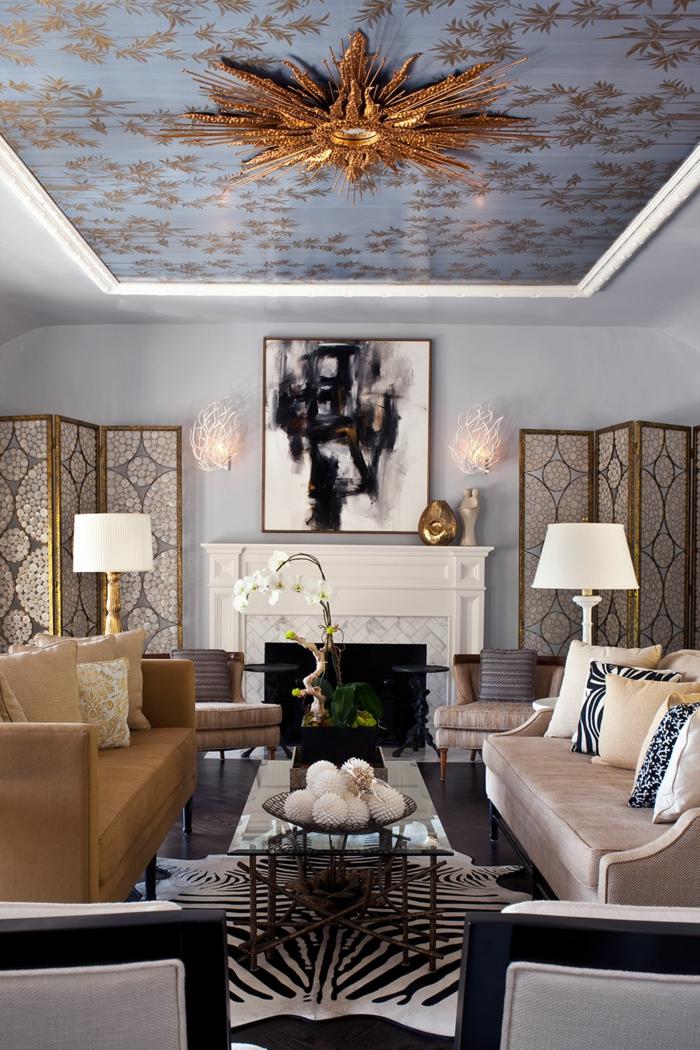 salon chic papier peint plafond