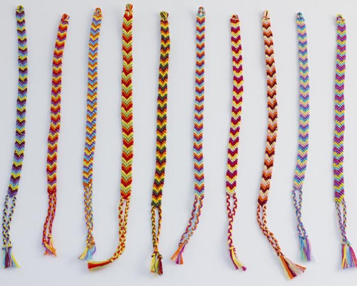 Bracelet br silien id es comment r aliser facilement ce bijou tendance - Comment faire les bracelet elastique ...