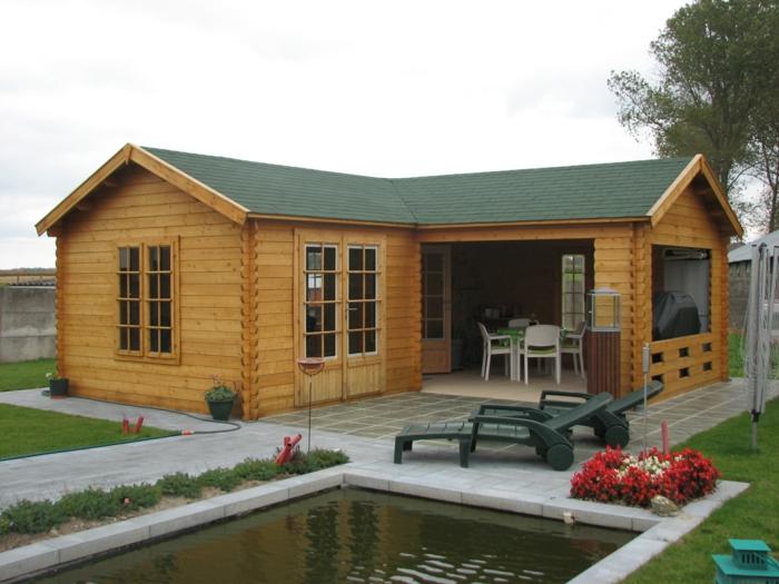 chalet de jardin construit en bois