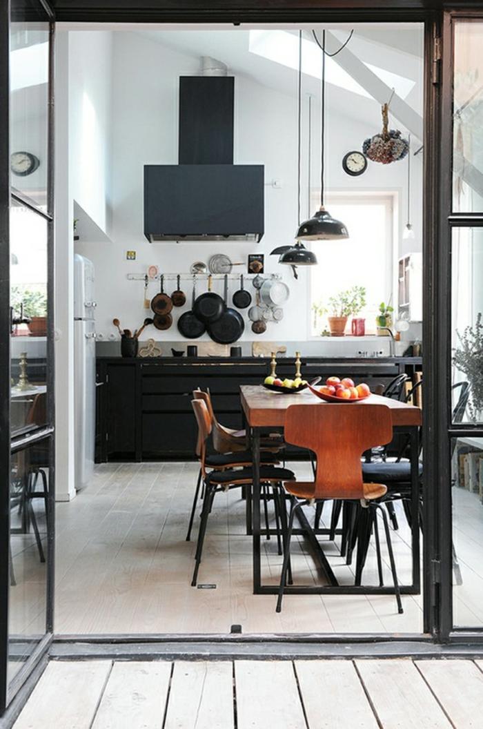 cuisine style industriel avec verrière