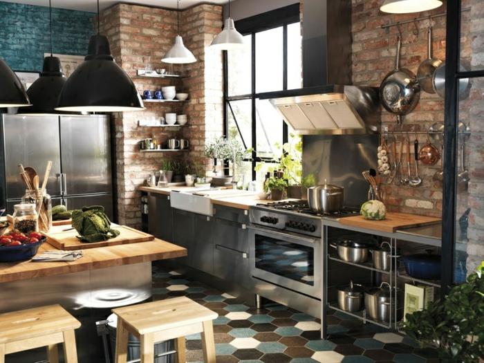 cuisine style industriel en inox sol carrelage