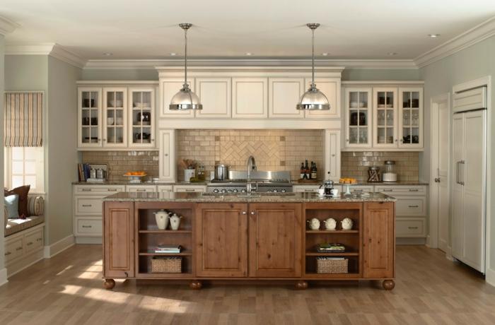 cuisine style industriel mobilier bois foncé et bois blanc crème