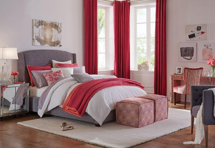déco avec pouf meuble bout de lit