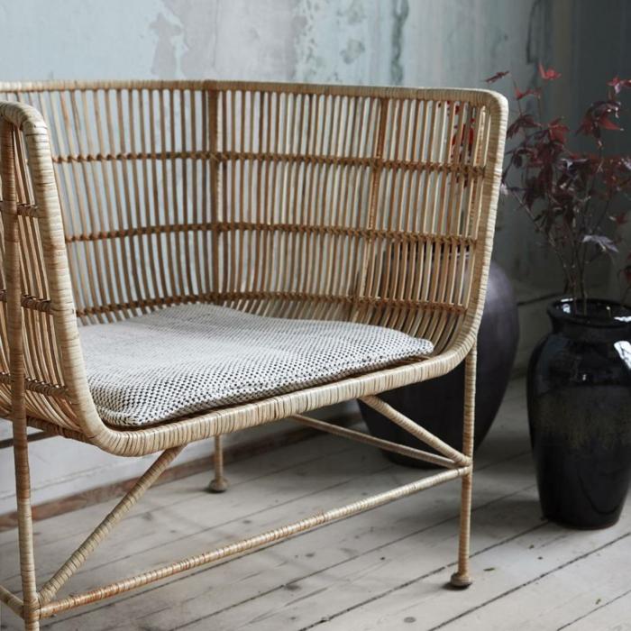 meuble en rotin nos propositions pour un int rieur authentique. Black Bedroom Furniture Sets. Home Design Ideas