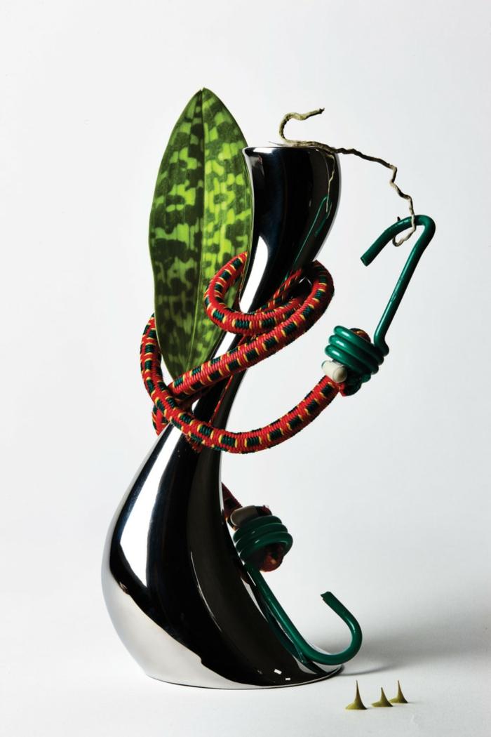 décoration tendance freakebana fleurs fil électrique