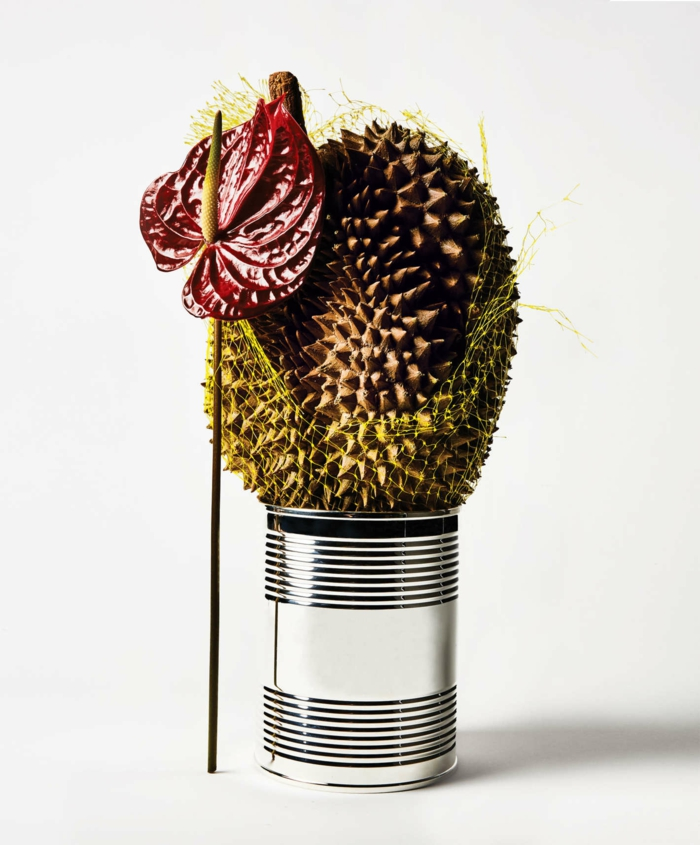 freakebana décoration tendance boîte de conserve argentée