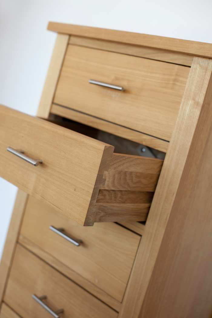 Simple natural wood chest of drawers