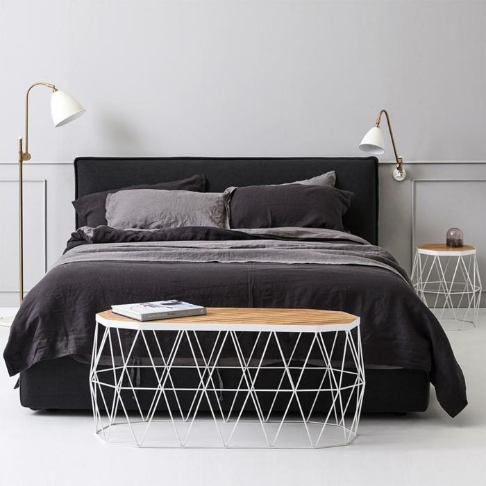 meuble bout de lit en bois et métal