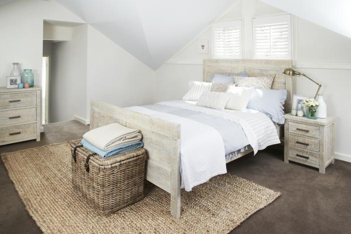 meuble bout de lit en routin