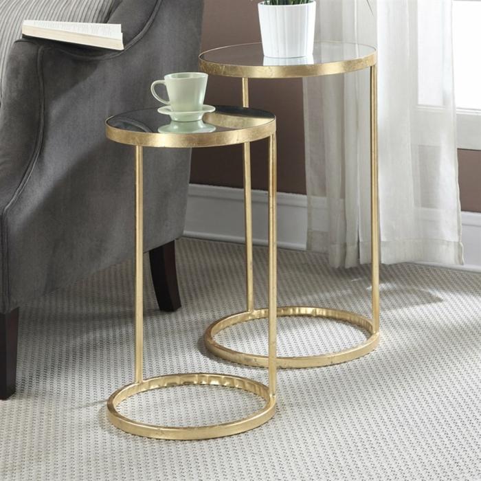 table gigogne en métal doré et verre