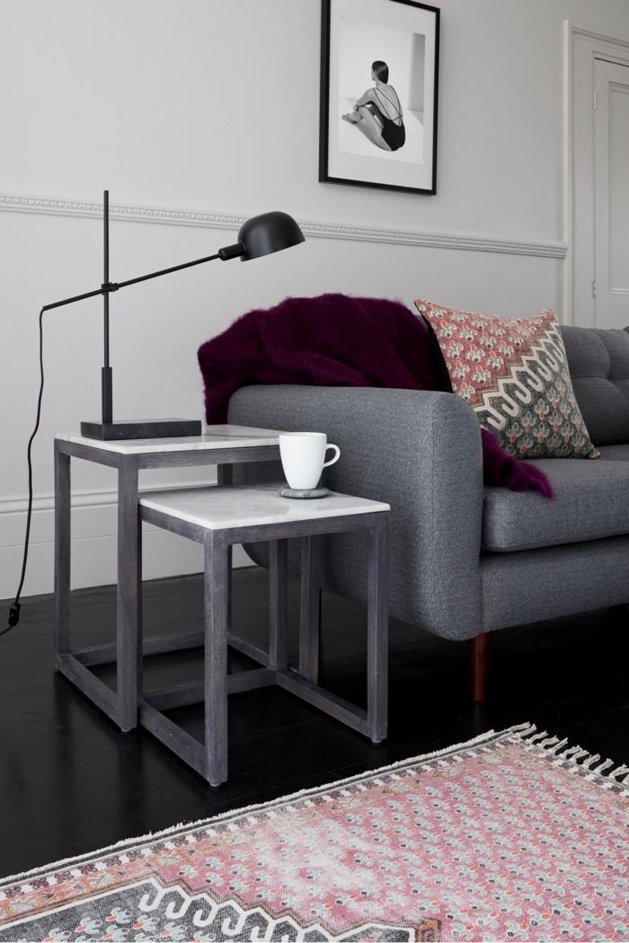 table gigogne pour un intérieur en gris