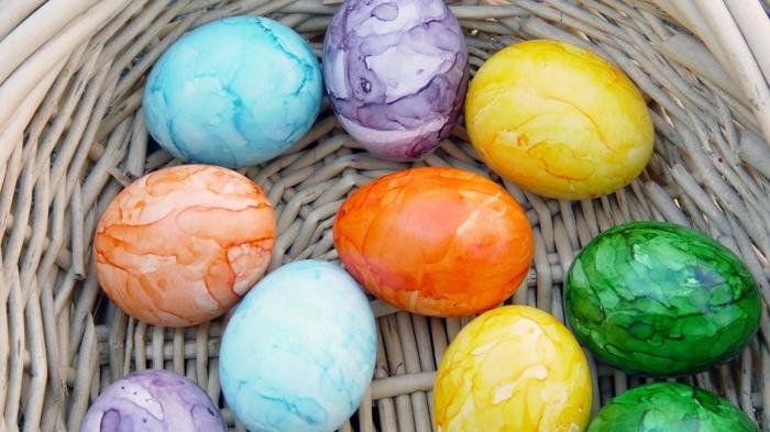 œuf de pâques effet marbré