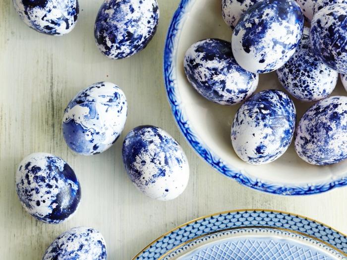 œuf de paques idée vernis à ongle en bleu