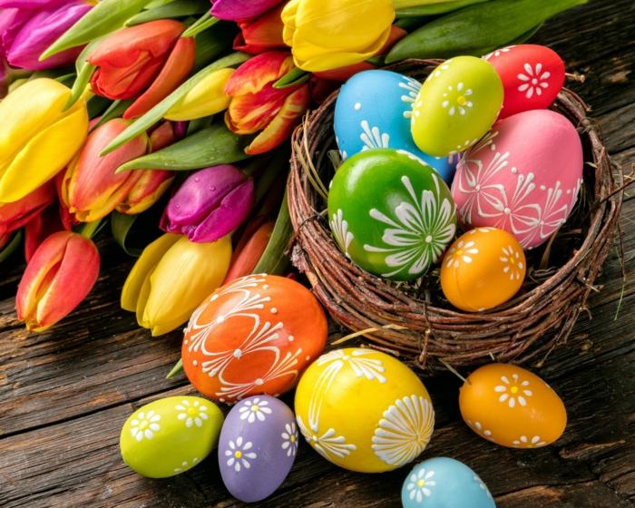 œuf de pâques jolie décoration