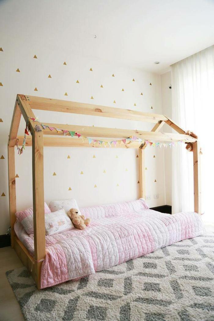 chambre montessori lit pour enfant