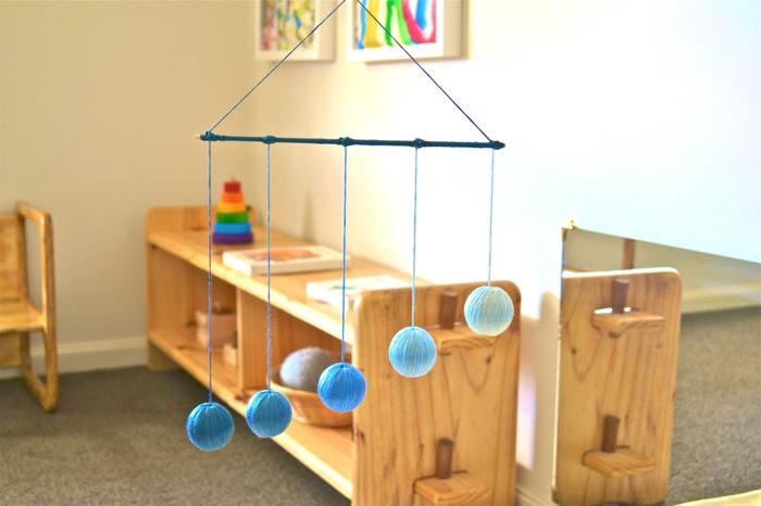 chambre montessori meubles en bois