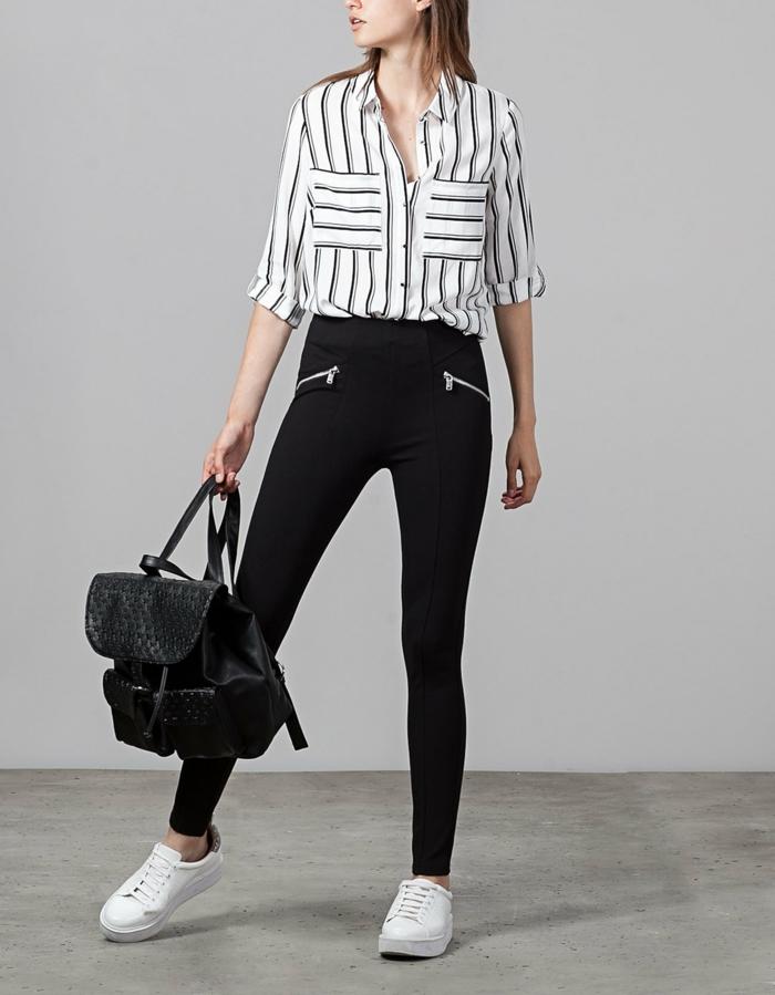 chemise femme rayures avec pantalon noir et paire de baskets