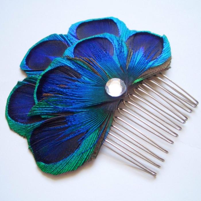 coiffure de mariée idée plume de paon