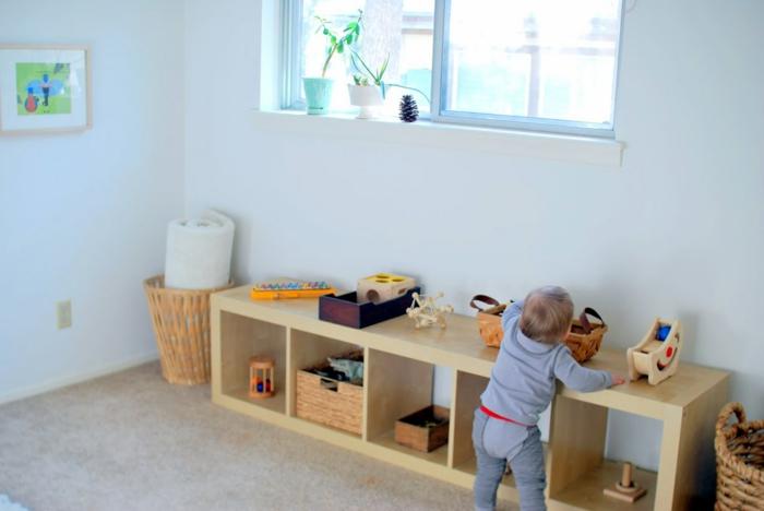 Chambre montessori astuces comment l 39 am nager pour votre enfant - Amenagement chambre montessori ...