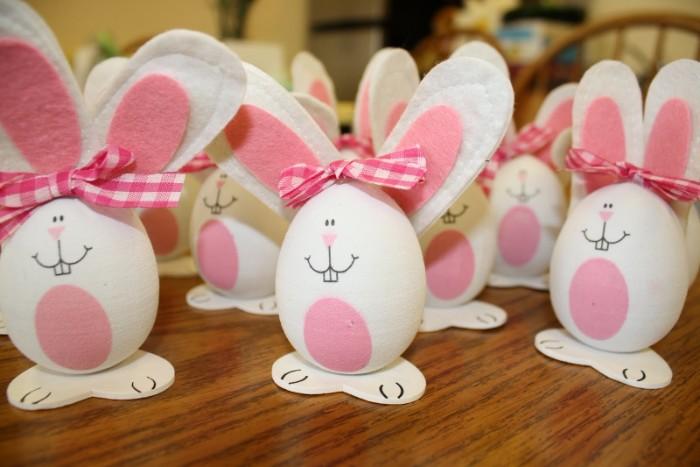déco de pâques petits lapins décoratifs