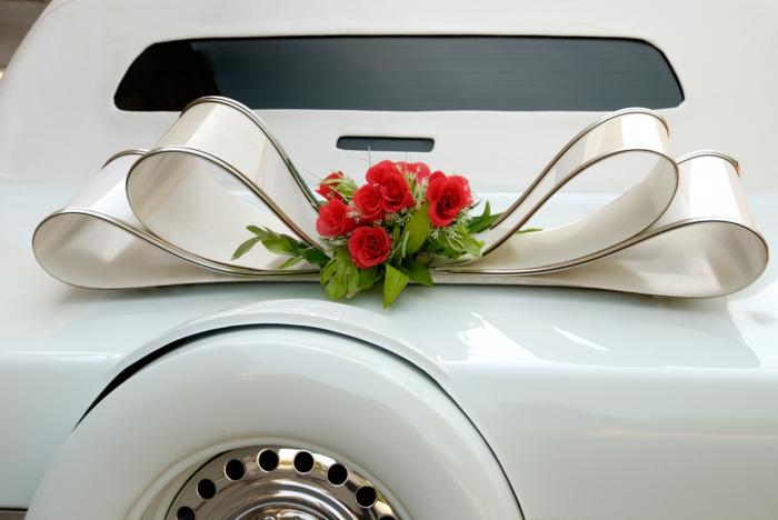 White Wedding Limousine