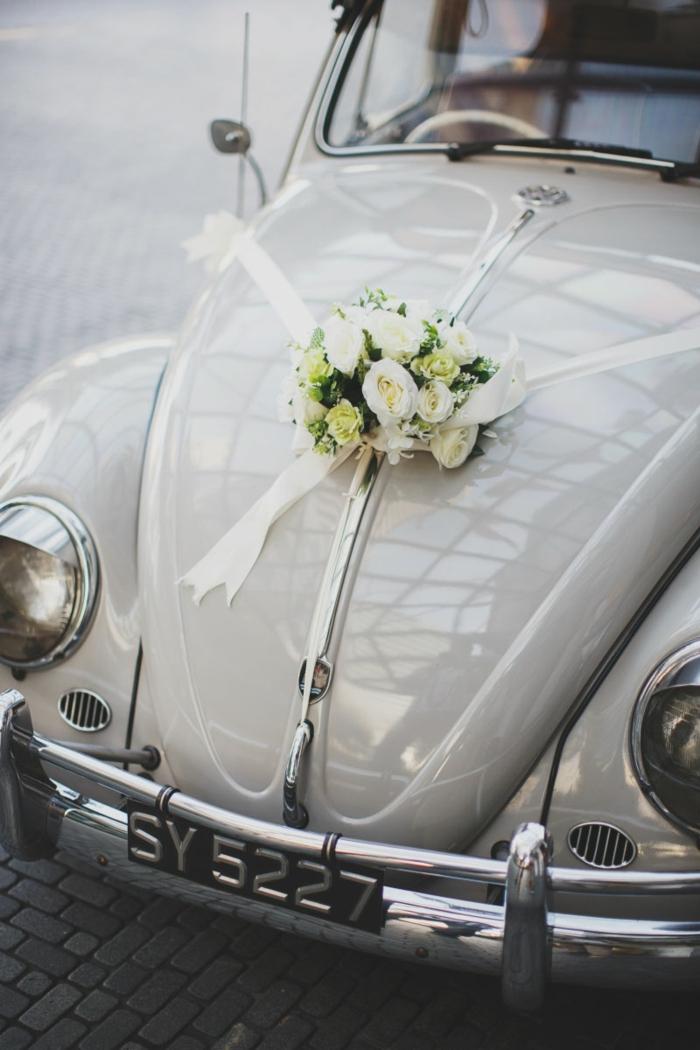 décoration voiture mariage stylée