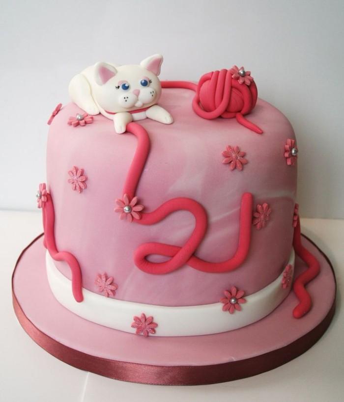idée décoration gâteau anniversaire petite fille