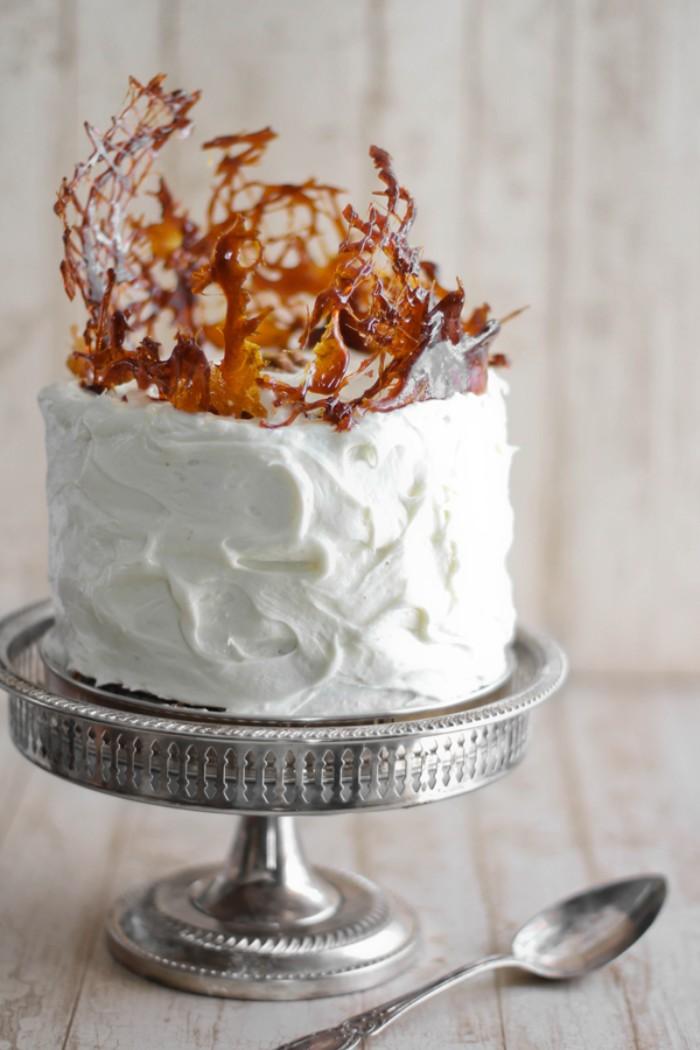 idée décoration gâteau avec du caramel
