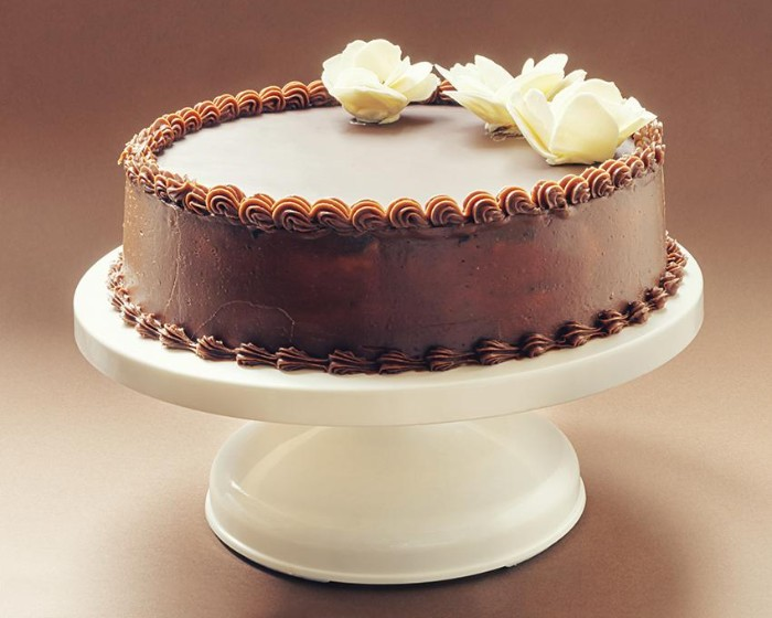 idée décoration gâteau mariage fleurs