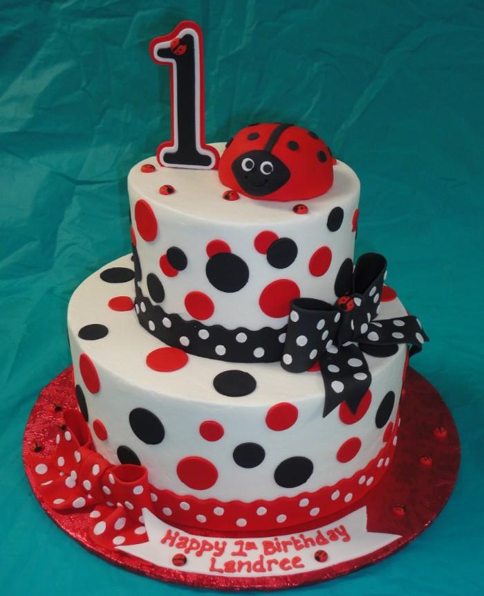 idée décoration gâteau pour anniversaire petite fille