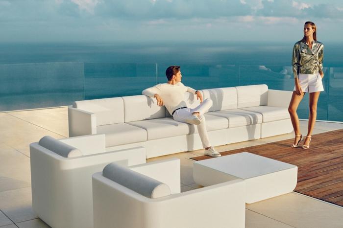 meuble de luxe pour un aménagement extérieur tendance