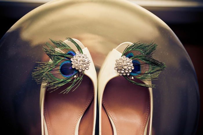 plume de paon déco chaussures